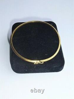 9ct 375 Ladies Gold Bangle