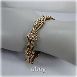 9ct Gold 7.5 Fancy Gate Bracelet, with Heart Padlock