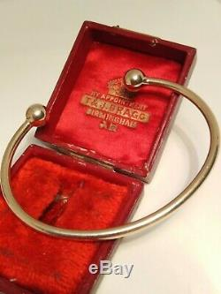 9ct Gold Solid Torque Bangle. Bracelet