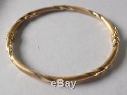 9ct gold bangle I. B. B 375 approx. 8 inch wrist