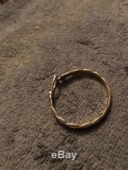 9ct gold gucci style bangle
