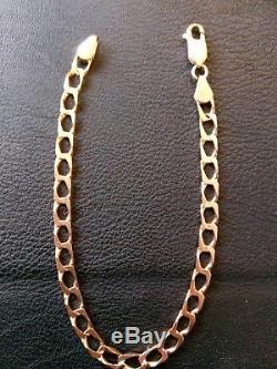 9ct gold square curb bracelet. 375