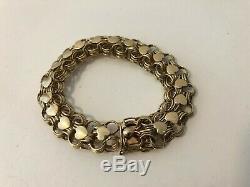 A Heavy 9ct Gold Heart Bracelet