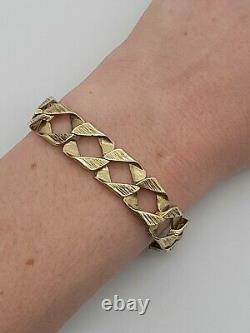A Lovely 9ct (375) Yellow Gold Men's Chunky Curb Reversible Chain Bracelet