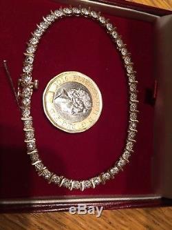 BEAUTIFUL 9ct GOLD DIAMONDS Tennis BRACELET 18cm 6.10grams 45 Genuine diamonds