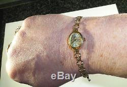 Ladies 9ct Gold Geneve Bracelet Watch, 7 7 1/2