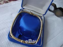 Unusual rectangular shape 3mm 9ct gold 375 hinged bangle 4.74gm